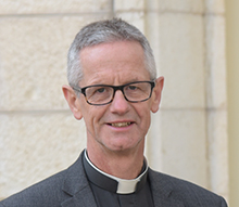 The Very Revd Canon Richard Sewell, Dean